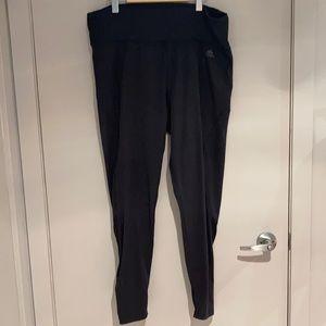 ADIDAS Plus Size black leggings 2XL ♻️